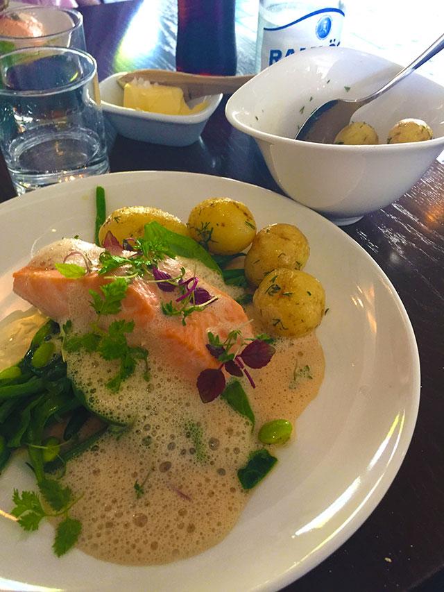 Ett lunchbesök på Smådalarö Gård